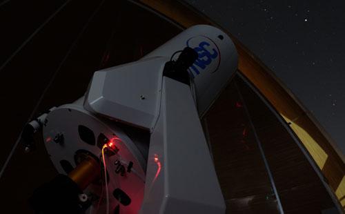 Kính thiên văn quang học đường kính 0,5 m được đánh giá là hiện đại. Đài thiên văn Stará Lesná, Viện thiên văn, Viện Hàn lâm Khoa học Slovakia cũng đang sử dụng kính này. Ảnh: Phạm Việt Dũng.